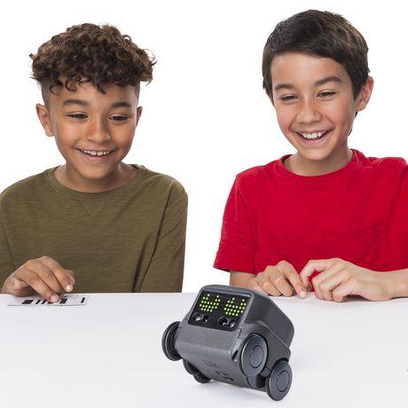 Boxer – Robot I.A. interactif (noir) avec une personnalité et des émotions, à partir de 6 ans - image 3 de 8