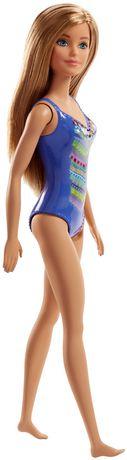 Barbie – Poupée Plage – Motif tricoté - image 5 de 5