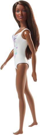 Barbie – Poupée Plage – Imprimé tropical - image 4 de 4