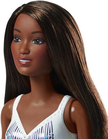 Barbie – Poupée Plage – Imprimé tropical - image 2 de 4