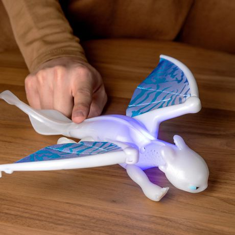 DreamWorks Dragons, Lightfury Deluxe Dragon with Lights and Sounds, for Kids Aged 4 and Up - image 3 of 6