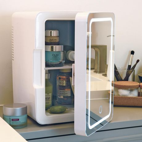 Koolatron Mirrored Led Cooler Fridge For Cosmetics Beverages Food Or Medicines 6 Liters 6 3 Quarts Walmart Canada