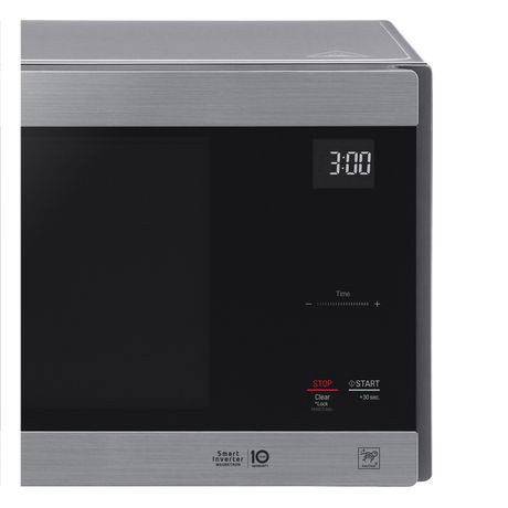 Lg 1 5 Cu Ft Counter Top Microwave Oven With Neochef Smart