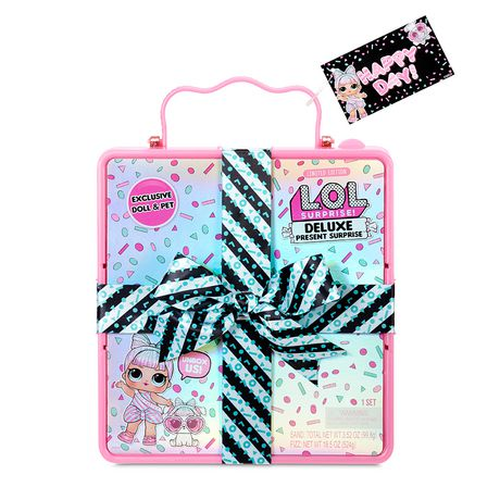L.O.L. Surprise! L.O.L. Surprise Deluxe Present Surprise With Miss Partay Doll And Pet Pink