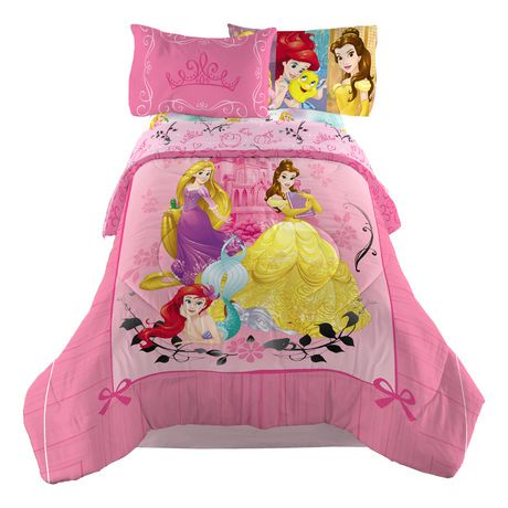 couette r versible princess strong des princesses de disney pour lit une place lit double. Black Bedroom Furniture Sets. Home Design Ideas