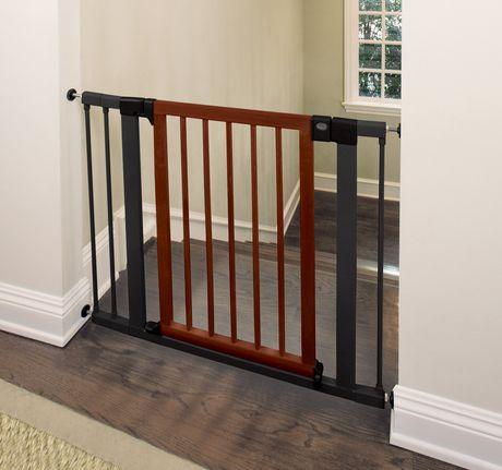 Munchkin 174 Wood Amp Steel Designer Gate Walmart Canada