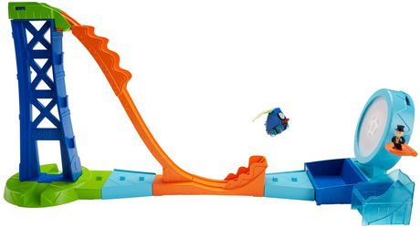 Thomas & Friends MINIS Target Blast Stunt Set - image 8 of 9
