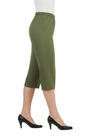 Alia Women's Pull-On Capri Pants - image 2 of 3