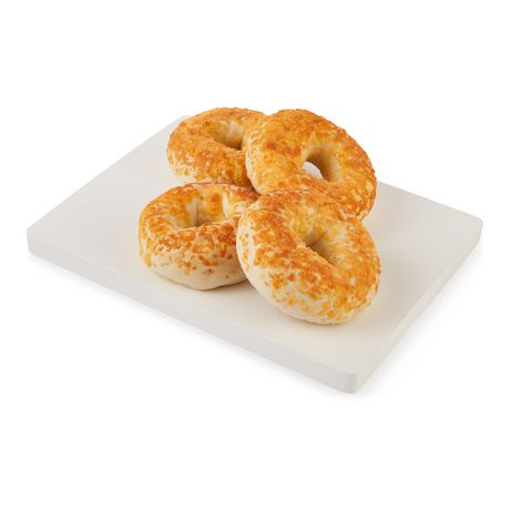 Upper Crust Cheese Bagels - image 3 of 4