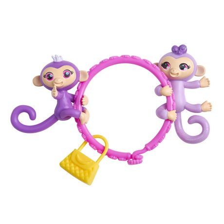 WowWee Fingerlings Minis-Series 1-5 Piece Banana Blister 3 Figures Plus Bonus Bracelet and Charm