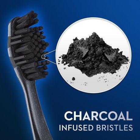Brosses à dents au charbon Oral-B Thérapie blanchissante, souple - image 5 de 8