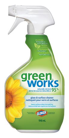 Green Works Glass & Surface Cleaner Spray, 946 mL - image 1 of 6