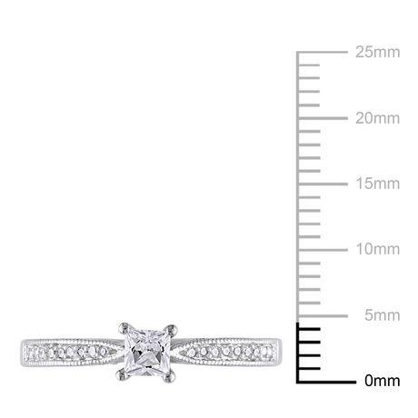 Bague de fiançailles Miabella avec 0.33 carat de saphir blanc synthétique et diamant en argent sterling - image 3 de 4