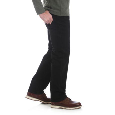 Jeans à coupe traditionnelle Wrangler de la collection Performance pour hommes - image 2 de 7