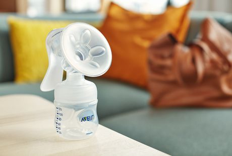PHILIPS Avent Manual Breast Pump - image 2 of 3