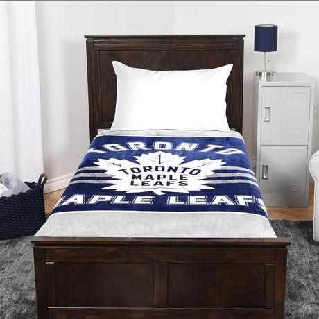 new arrival cf56e 629e5 NHL Luxury Velour Blanket- Toronto Maple Leafs