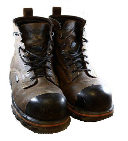 Tuff Toe Polyurethane Protective Toe Coating - Black - image 2 of 3