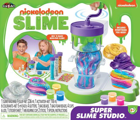 Boxed set from Nickelodeon Slime showing smiling kids on the cover making and playing with slime
