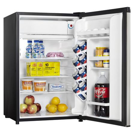 FRI Stainless Steel Curtis Igloo cubic foot 2-Door Refrigerator and freezer has an ice-cube tray, vegetable drawer with glass shelf and slide out shelves that makes it very functional.