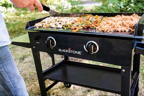 Blackstone 28 Inch Griddle Cooking Station - image 4 of 4