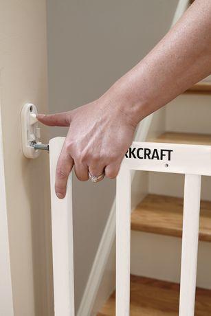 Storkcraft Easy Walk-Thru Wooden Safety Gate - image 4 of 6