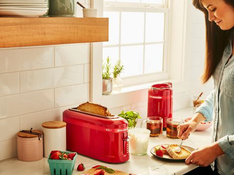 KitchenAid® 2 Slice Toaster Limited Edition - image 4 of 4