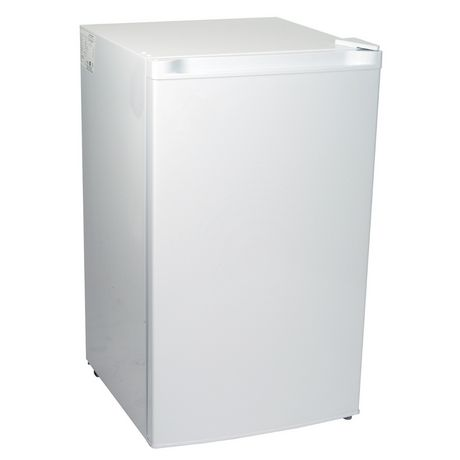 Koolatron KTUF88 3.1 Cubic Foot (88 Liters) Upright Freezer with Adjustable Thermostat - image 1 of 4