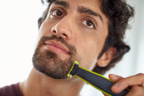 Philips OneBlade Trimmer and Shaver - image 3 of 3