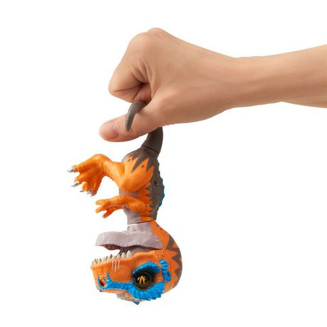 Untamed T-Rex by Fingerlings – Scratch (orange) - Interactive Collectible Dinosaur - by WowWee - image 4 of 5