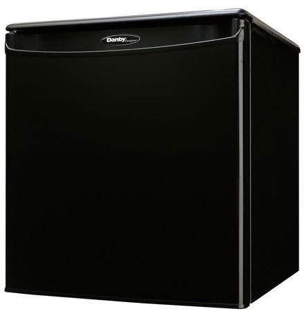 r frig rateur compact sans cong lateur danby designer de 1. Black Bedroom Furniture Sets. Home Design Ideas