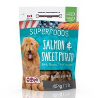 Chewmasters Superfoods Salmon & Sweet Potato with Berries Dog Treats