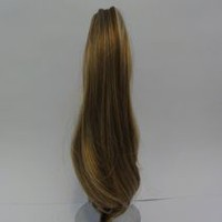 Fashion Hair Medium Wavy Jaw Comb Caramel Blonde