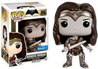 Figurine articulée Wonder Woman DC Universe Pop!