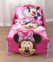 Minnie Mouse Toddler Bedding Set