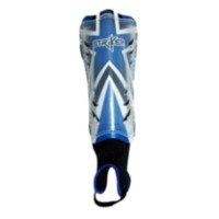 Striker 'Euro' Soccer Shin Guards - Youth Boys