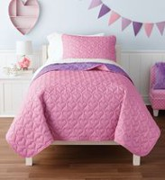 Mainstays Kids Pink Hearts Reversible to Purle Quilt Set Double