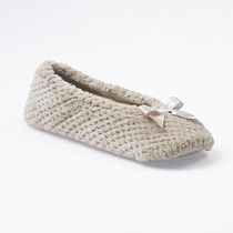 ISOspa by isotoner Women's Textured Microterry Ballerina Slippers Taupe 8-9