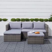 Canapé de rotin d'angle 3 pièces Daytona Classic couleur grise claire avec chaise de repose-pieds.