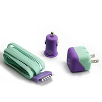 BlueDiamond ToGo Charging Kit for iPhone 4/4S - Purple and Aqua