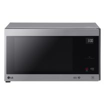LG 1.5 cu.ft Counter Top Microwave Oven with Neochef Smart Inverter