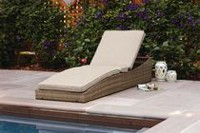 hometrends Cologne Folding Chase Lounger