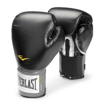 Everlast 16oz Pro-style Training Gloves engineered for heavy bag training, mitt work and sparring