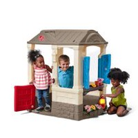 Step2 Courtyard Cottage Playset