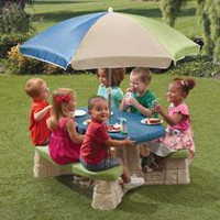 Ens. de jeu table avec parasol Naturally Playful de Steps2