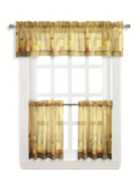 Tuscany tier and valance